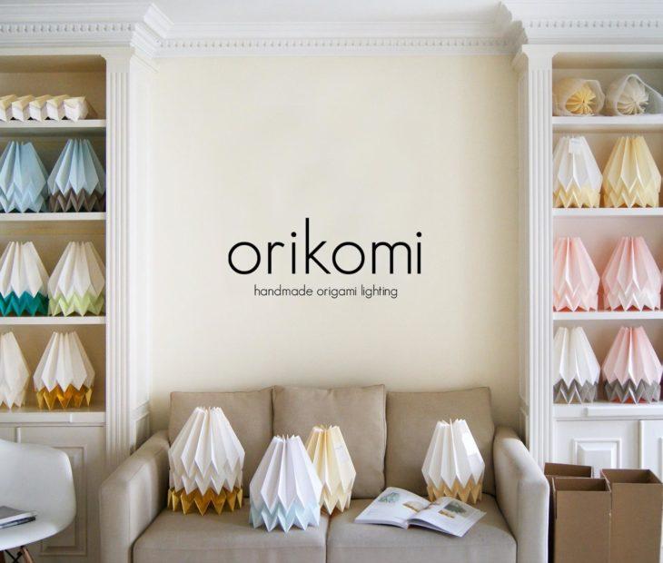 Orikomi, a lâmpada de papel portuguesa que apoia habitação sustentável no México