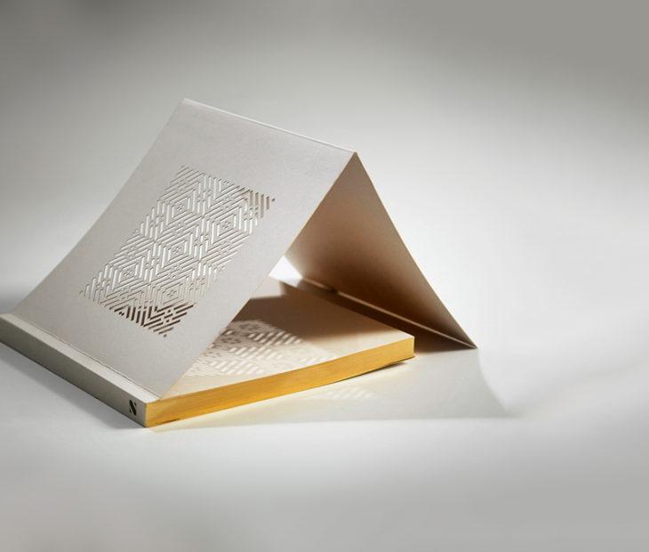 Cadernos minúsculos projetados por Mayuscula