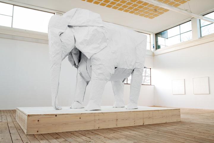 Como se faz um elefante de Origami com apenas uma peça de papel?