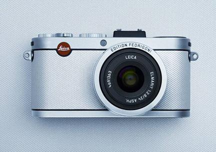 A mais recente Leica X2, edição limitada com Constellation Jade