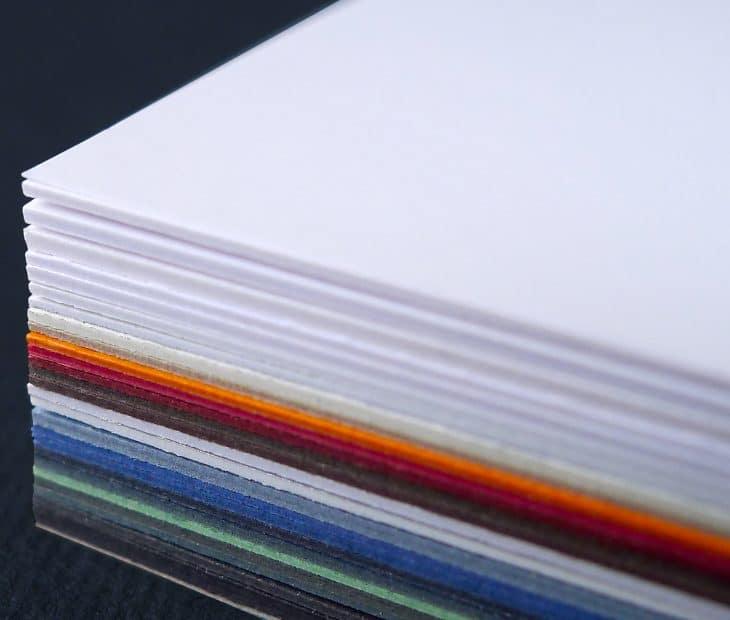 Conhece o nosso 'Paper Selector'? O papel de que necessita à distância de um clique!